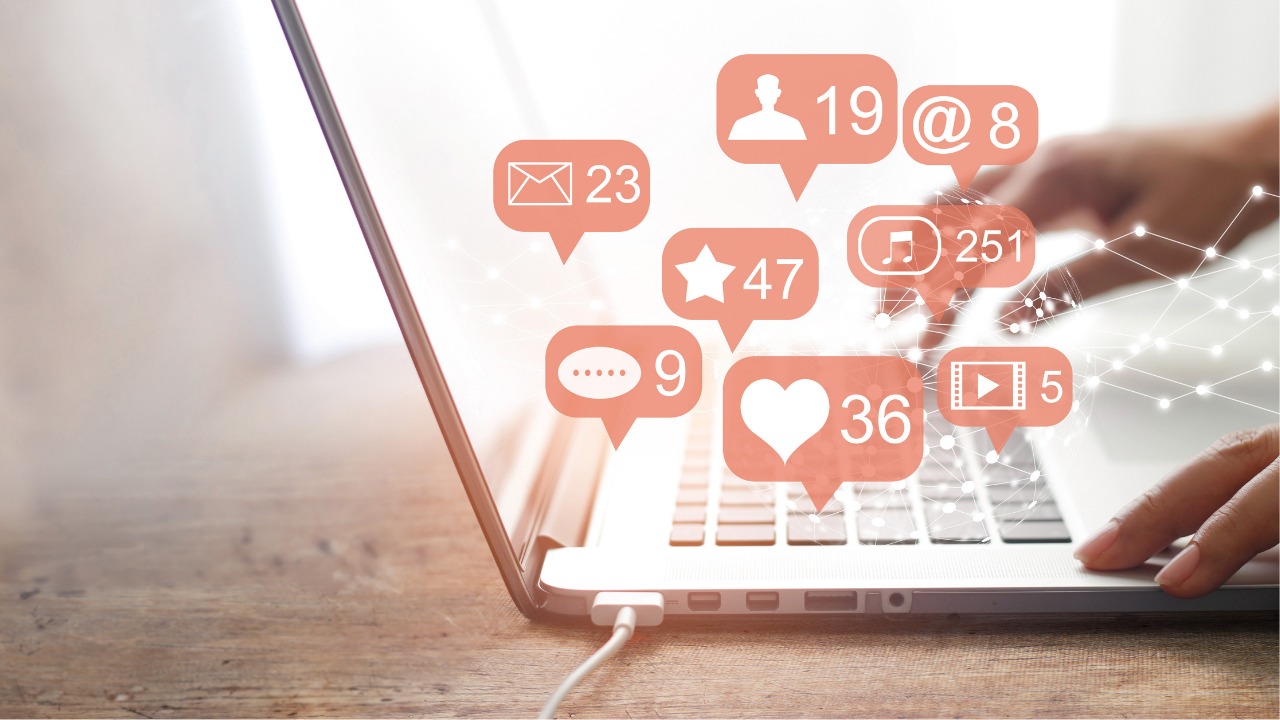 HOW TO USE SOCIAL MEDIA TO MARKET YOUR OWN LABEL SUPPLEMENTS